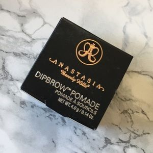 🆕 ABH Dipbrow Pomade-Ebony